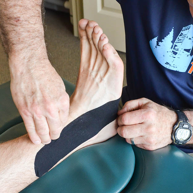 InStep-Running-Physical-Therapy-Store-Milwaukee-Wisconsin-Foot-Treatment