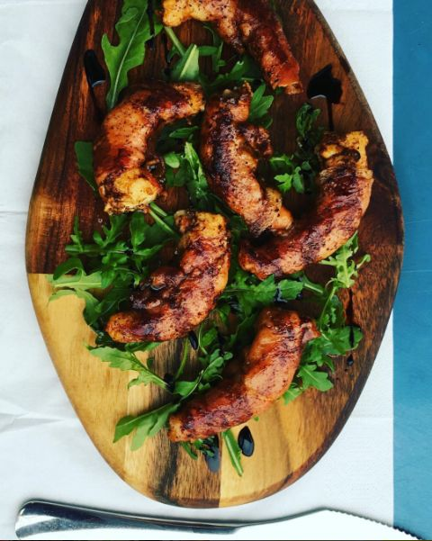 Bacon Wrapped Prawns over Arugula, in London!