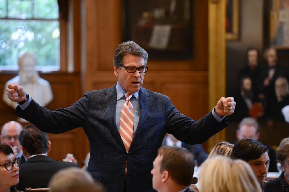 Governor Rick Perry addresses a crowd at the Senate Battleground Fund Breakfast at Old Parkland.