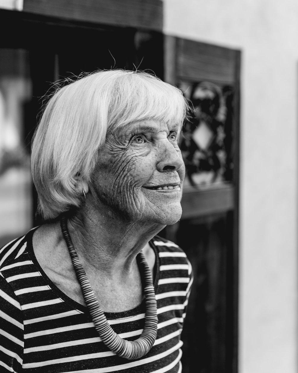 N° 4 Margaretha von Rotz   *12. August 1928 - Lyrikerin, Hausfrau und Mutter