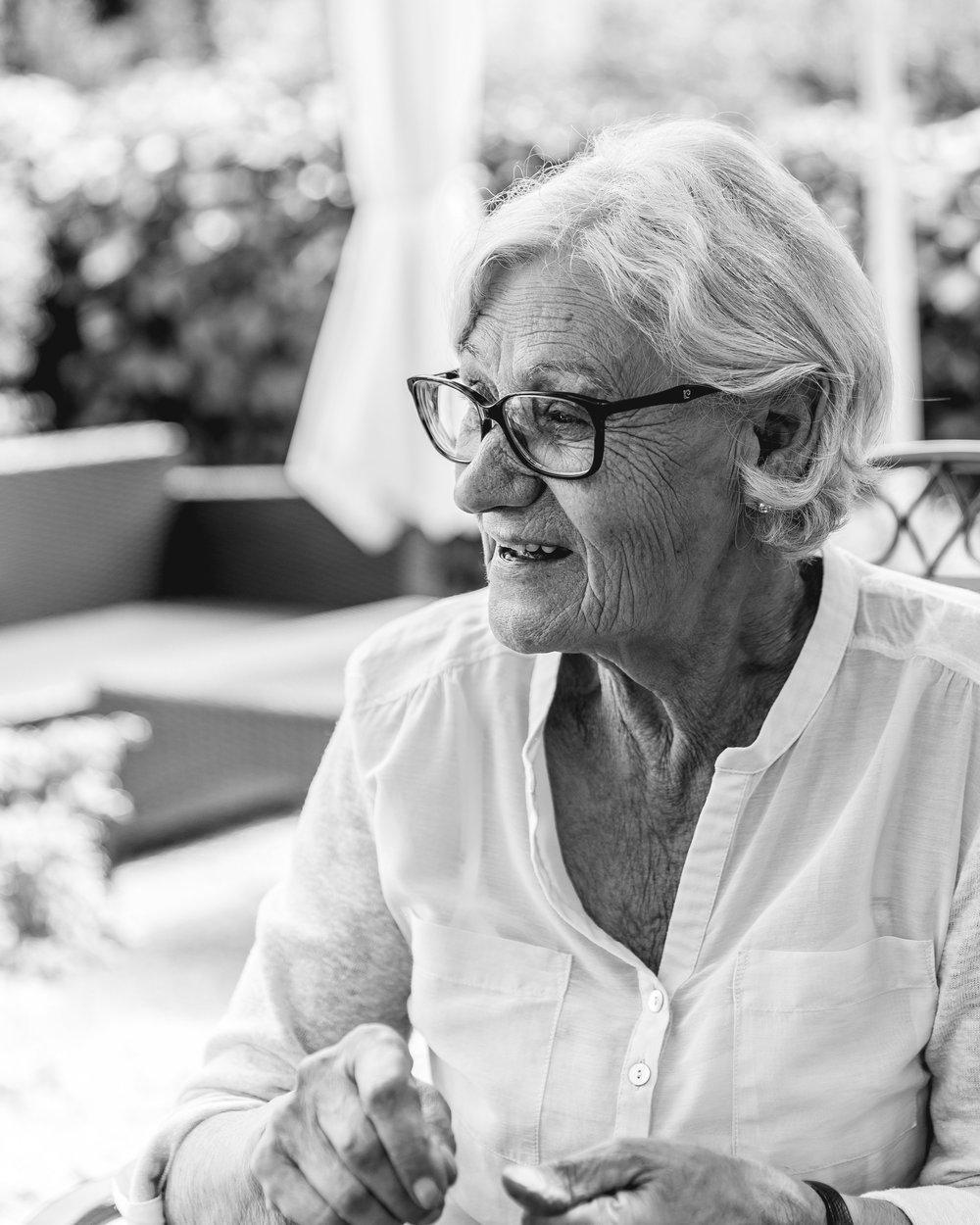 N° 5 Beatrice Ruth Brianza   *2. Januar 1944 - Betreuerin, Hausfrau und Mutter