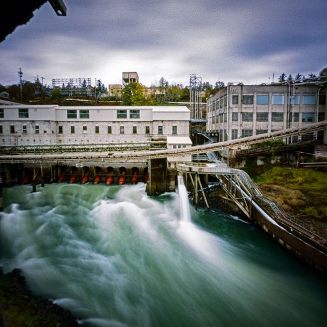 West Linn Paper Mill⠀  I was fortunate to make another visit to the mill today. It is very interesting to see what my focus each visit results in photographically speaking. Today I spent my time split between 3 cameras. My Pentax 67, ZeroImage Pinhole, and my OM1 found its way into the mix today.  On this trip I got to see two areas that I didn't think I was going to get to explore again. The boiler room and, what I call, the ghost room. I ended up having some problems with my 67 in the ghost room, LOL so fingers are crossed that that roll still turns out.  A lot of time was spent on this bridge again. It's definitely one of the most beautiful areas at the mill. ⠀ ZeroImage Pinhole⠀ Portra 400⠀ ⠀ #AHPhotog