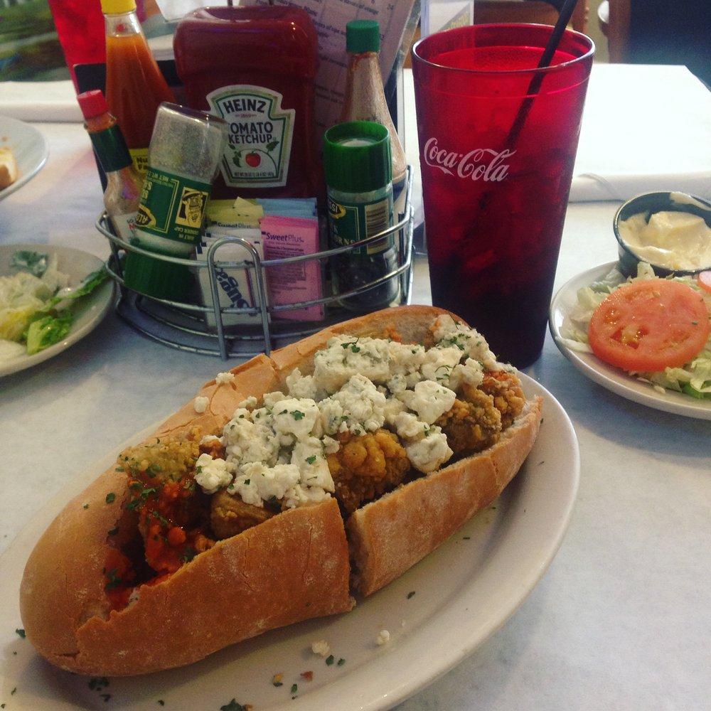 Charles Seafood Harahan, LA