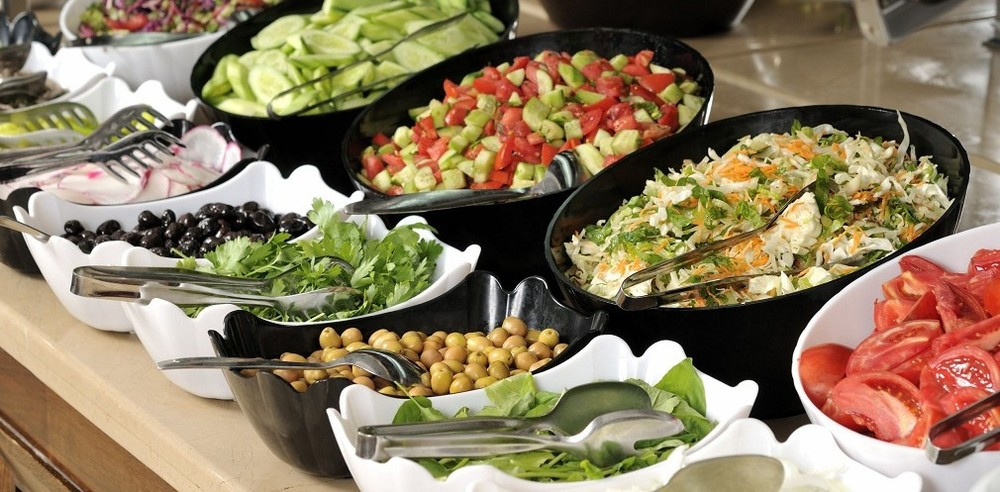 2-catering-table-1010x497.jpg