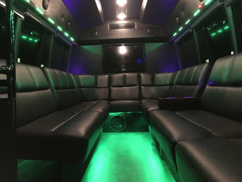 bus green.JPG