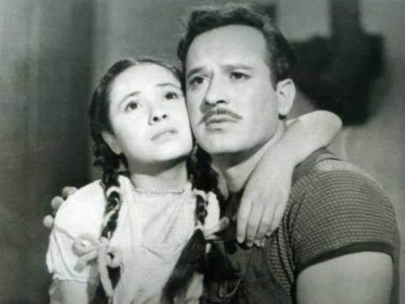 Evita Muñoz 'Chachita' and Pedro Infante in Nosotros los pobres(1948)