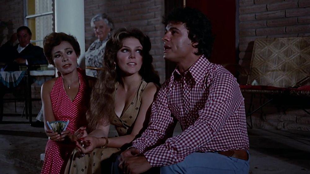 Sonia Amelio (left), Verónica Castro, and Juan Gabriel in  Nobleza ranchera  (1977)