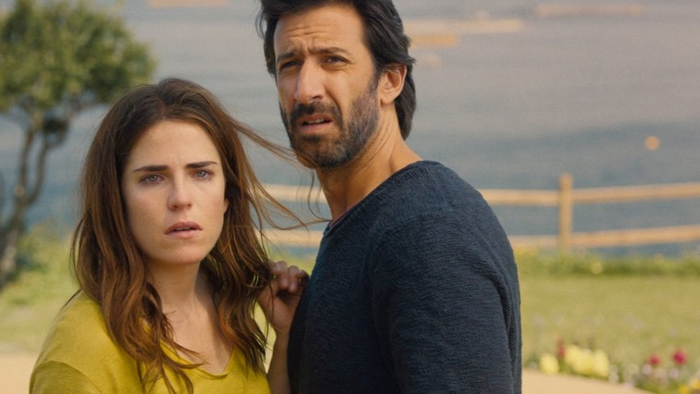 7. EVERYBODY LOVES SOMEBODY Pantelion  The bi-cultural and bilingual romantic comedy directed by Catalina Aguilar Mastretta and starring Karla Souza and José María Yazpik, made $1.9 million.