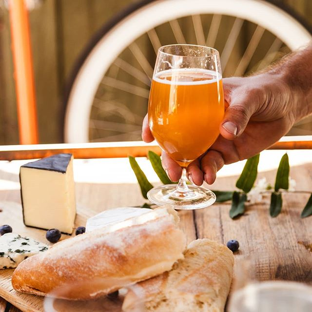 Bread, cheese and farmhouse beer. Or IPA... Or lager or sour beer. Actually all beer is great with bread and cheese. #mollyrosebeer #cheese #farmhousebeer #ipa #sourbeer #lager #indiebeer #collingwood #melbourne