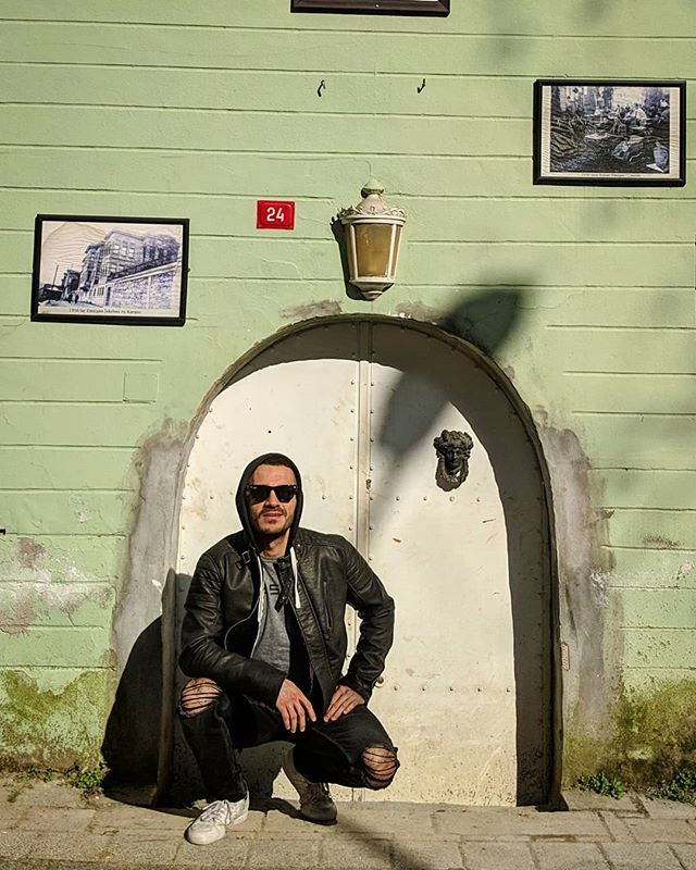 Home sweet home. Selam ve neredeyse güle güle 😊  Photo @aylinmayra1011  #istanbul #love #home #travel #gezi #old #eski #history #tarih