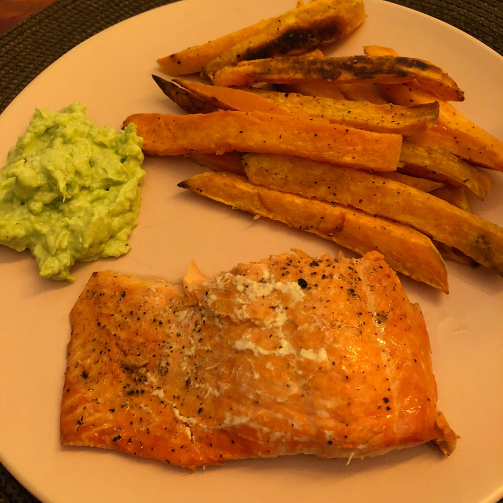 ROASTED SALMON WITH SWEET POTATO FRIES AND AVOCADO DIP