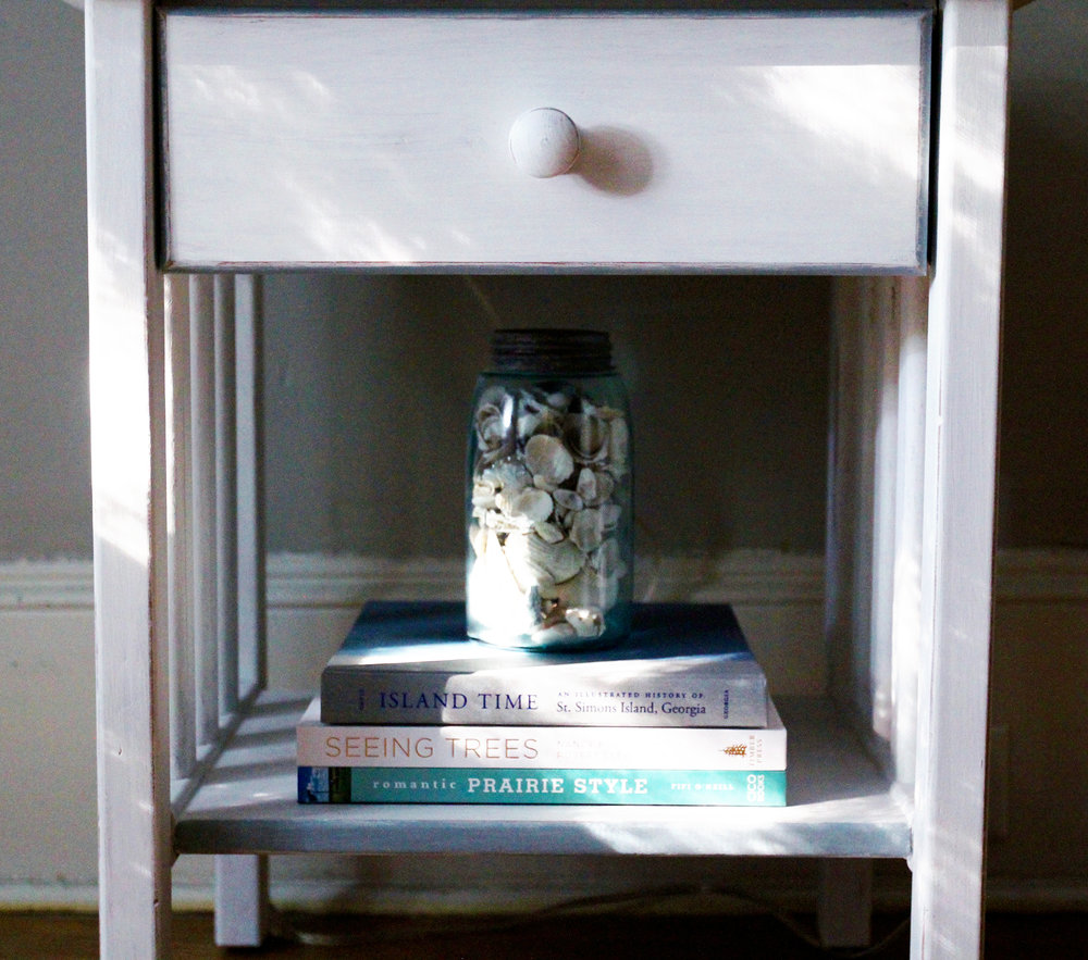 jo-torrijos-a-simpler-design-annie-sloan-pure-white-gray-trim-nightstand-atlanta-painted-furniture-7.jpg