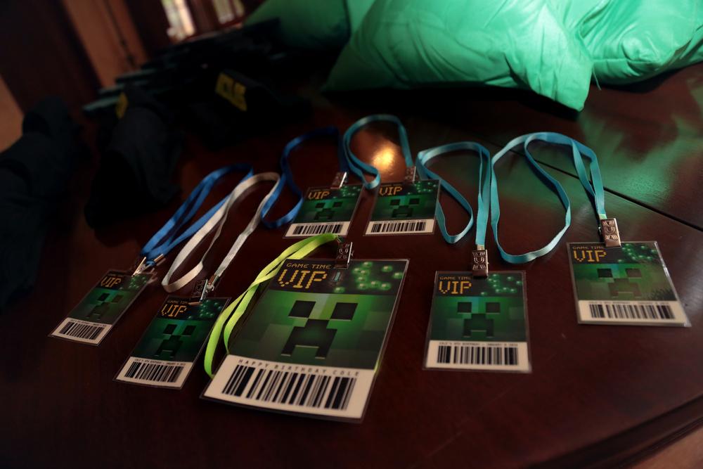 tarynco-events-minecraft-kids-birthday-party-VIP-gamingtags.jpg