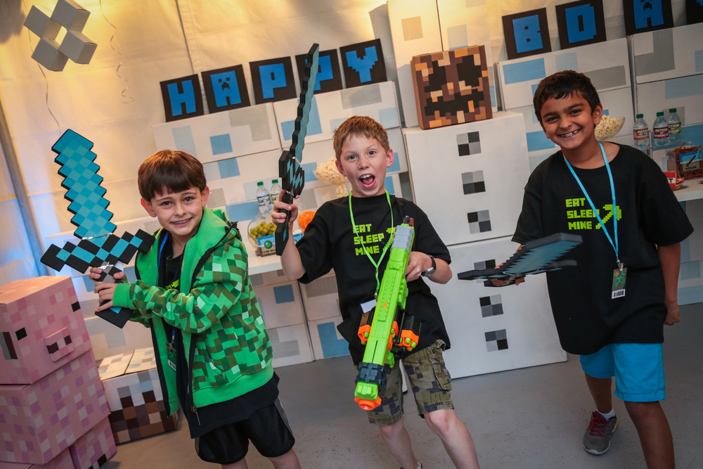 tarynco-minecraft-kids-birthday-party-fun (2).jpg