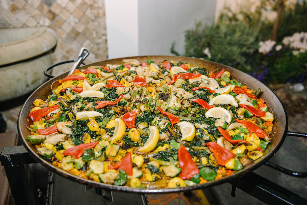 tarynco-events-vegas-casino-party-paella.jpg