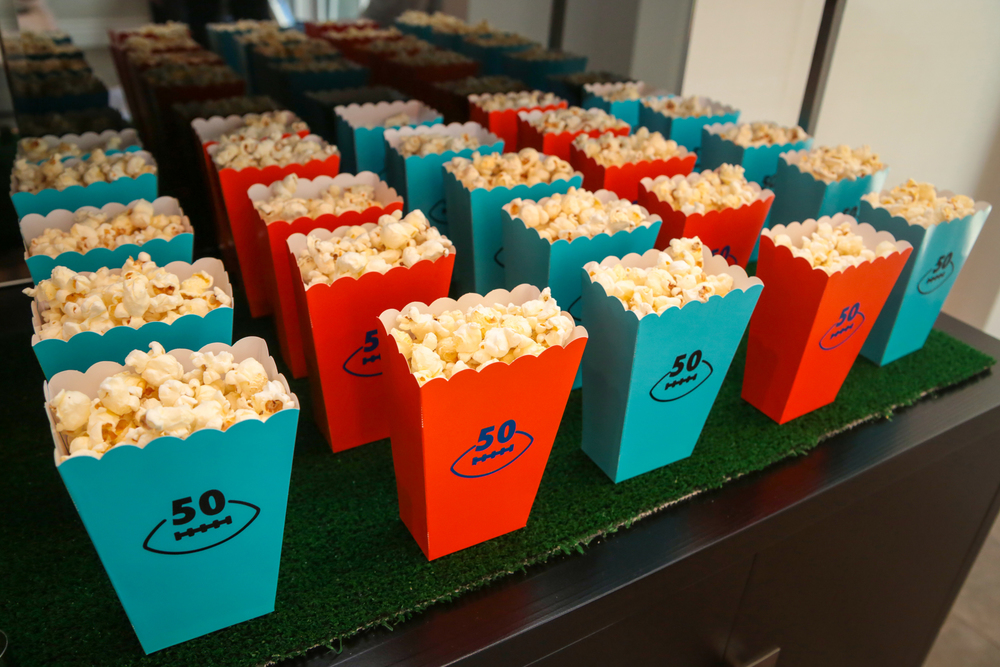 tarynco-football-themed-snackbar-popcorn-party-event.jpg