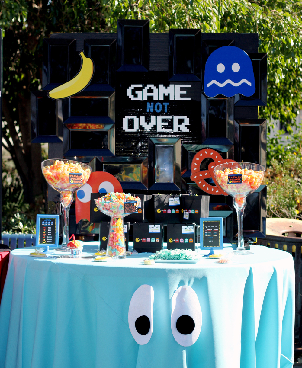 tarynco-events-birthday-pacman-dessert-candybar-kidsparty.jpg