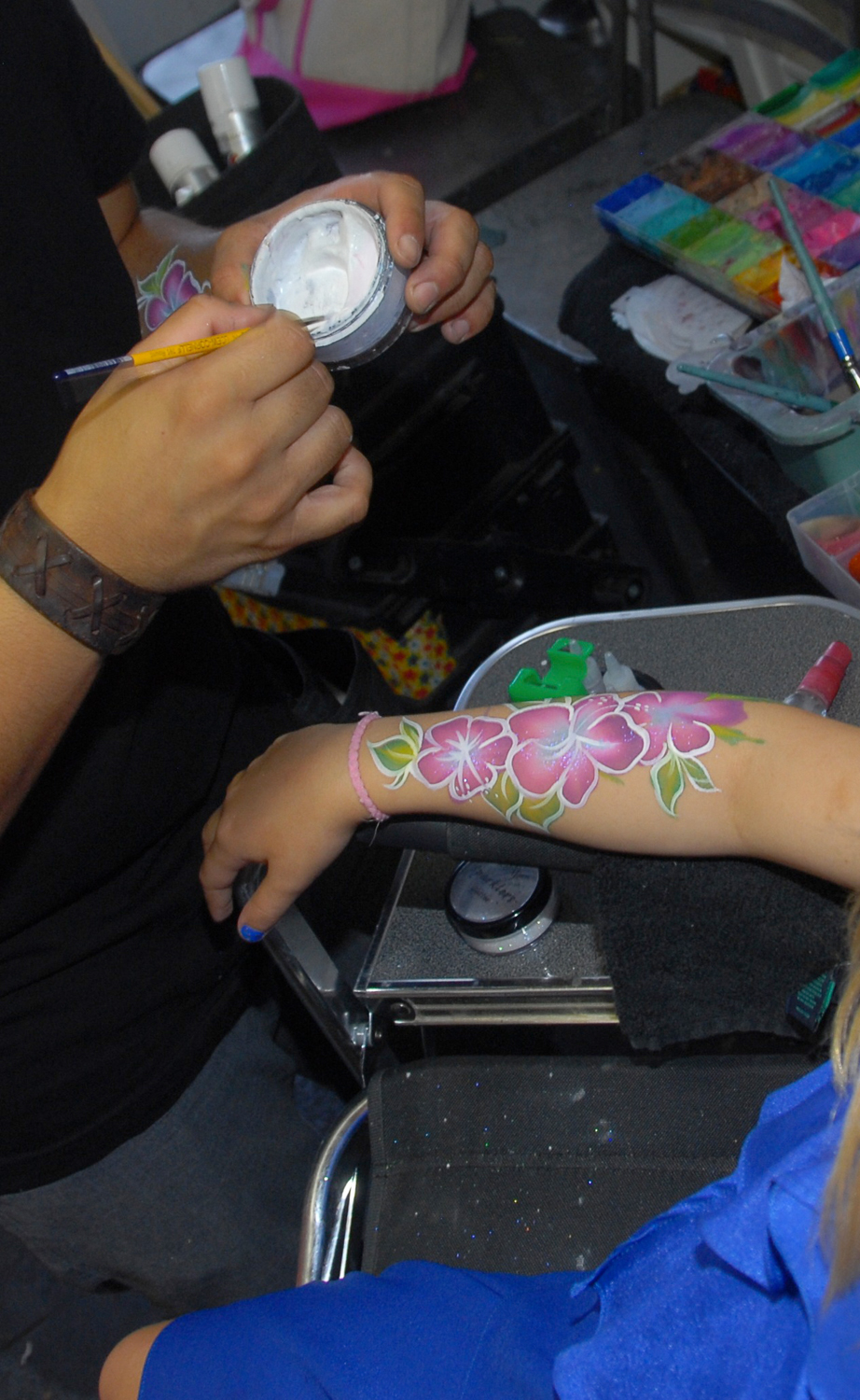 tarynco-events-kids-party-art-carnival-themed-face-painting.jpg