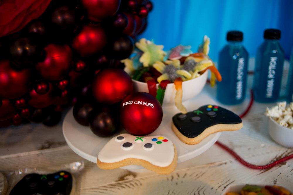 tarynco-gaming.kids.party.beverly.hills.gameboy.cookies.jpg