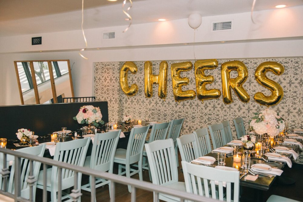 tarynco_cheers.balloons.eventplanner.dinnerparty.jpg