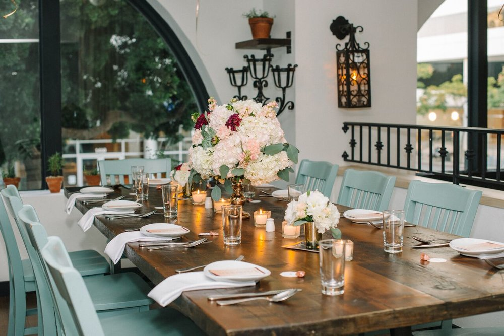 tarynco_dinnerparty.eventplanner.decor.jpg