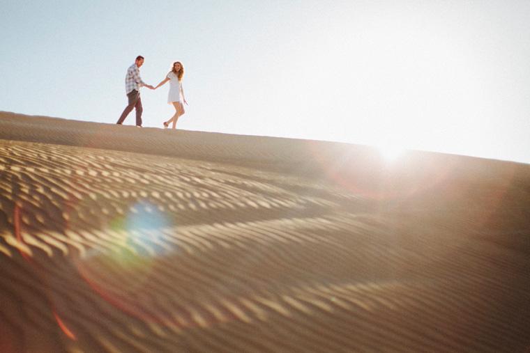 sand-dunes-engagement-06.jpg