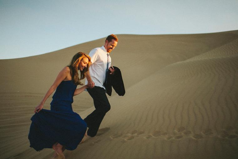 sand-dunes-engagement-15.jpg