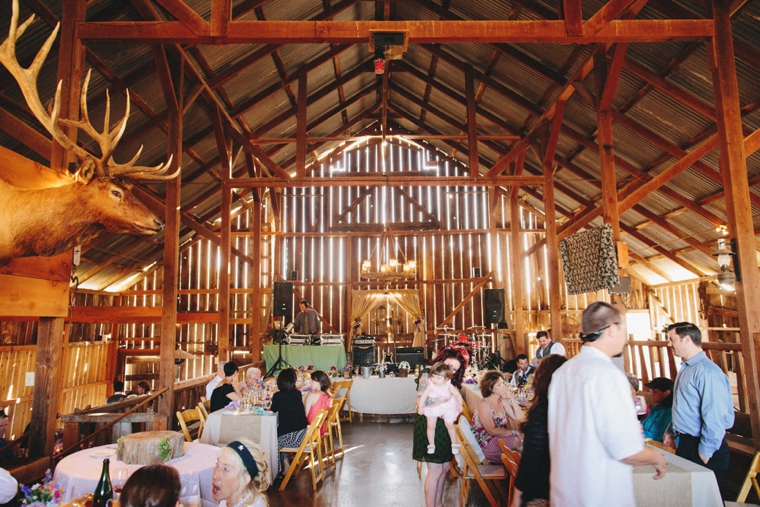 3s-ranch-barn-wedding-034.jpg