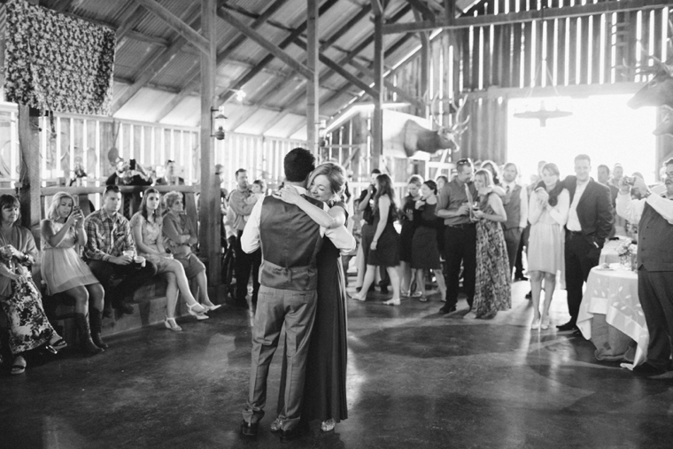 3s-ranch-barn-wedding-086.jpg