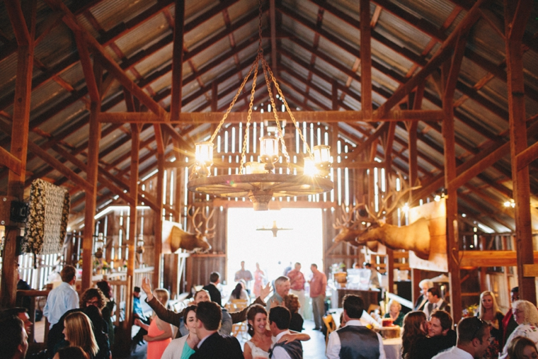 3s-ranch-barn-wedding-089.jpg