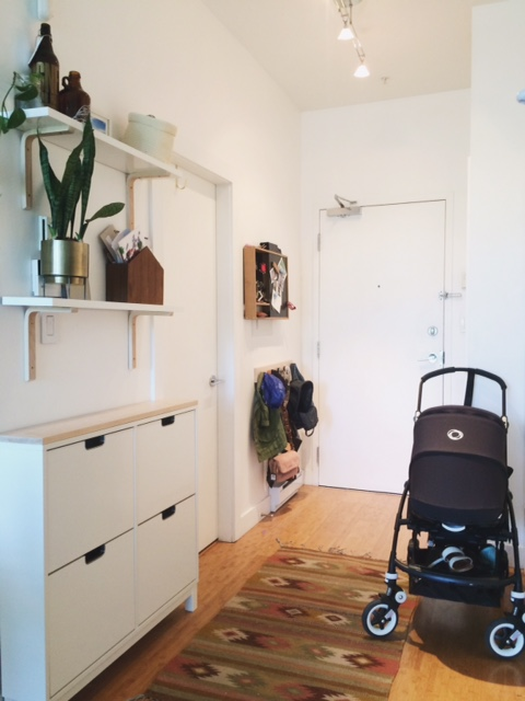 Entry way with the stroller