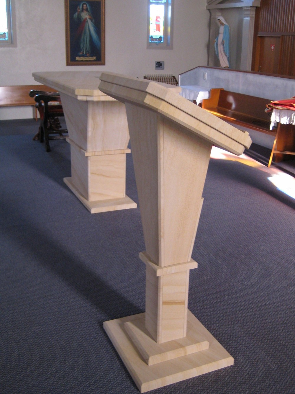 195 Woodgrain Sandstone Altar and Reading Stand for Church.jpg