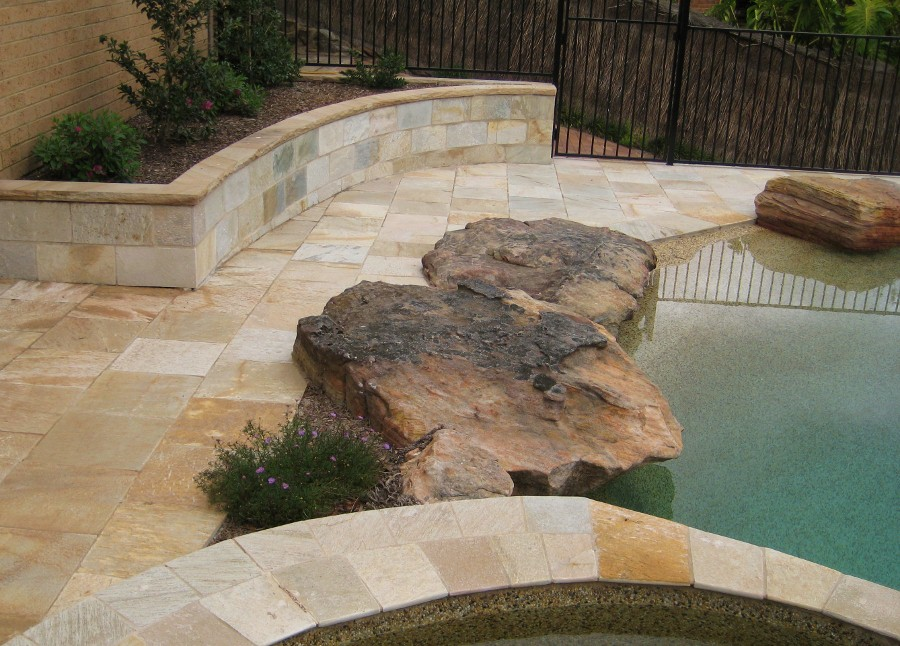18. This is old Peblecreete pool renovated with YLQ quartzite. Bullnosed quartz pool cupping used