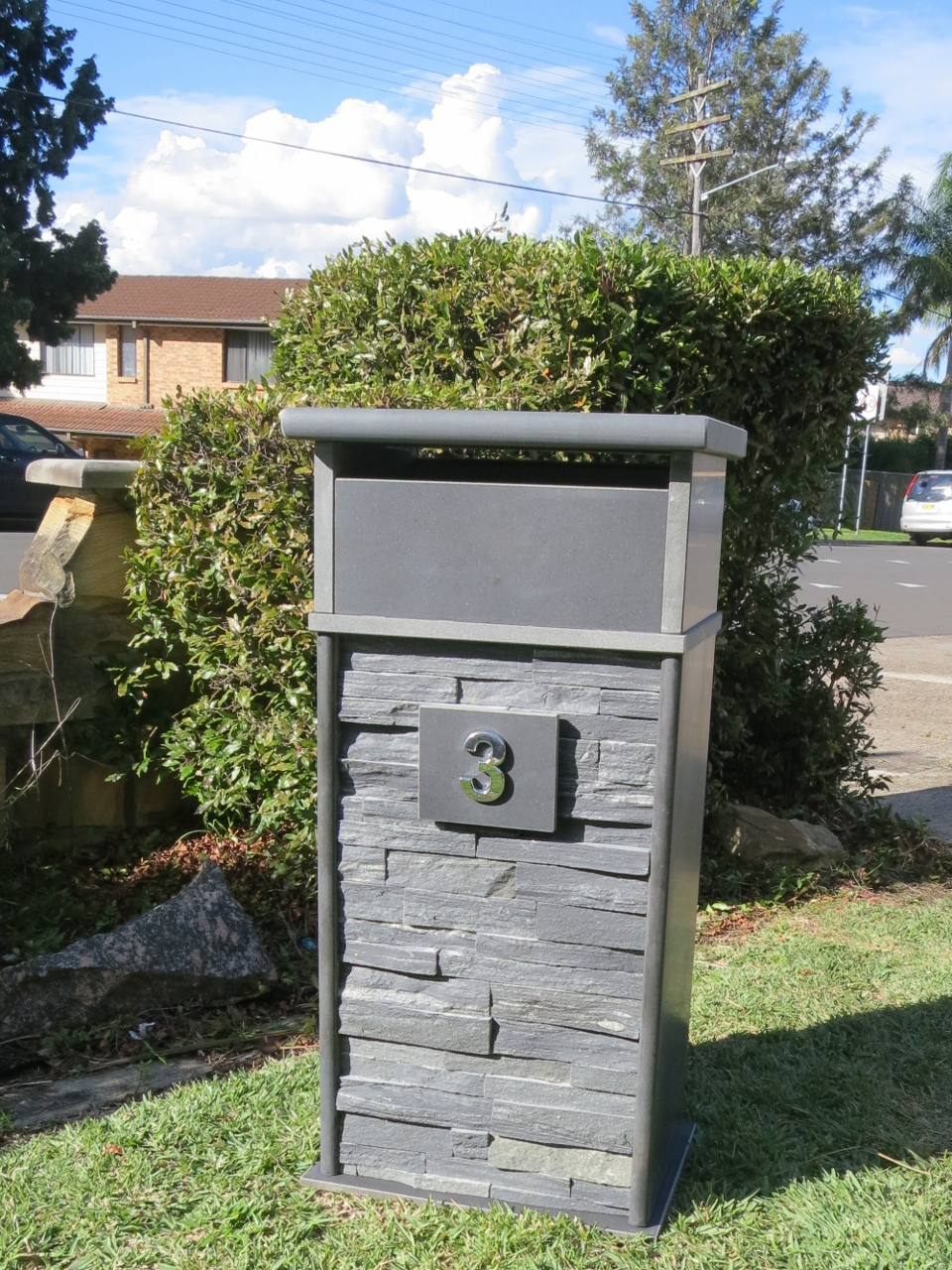 2. Blue stone mailbox with wide stackerstone base. Solid unit. Size about 400x300x820 $660