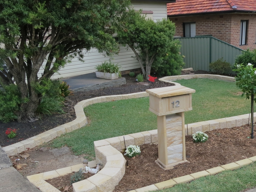 18. Sandstone letterbox 820 high 400x300 $700