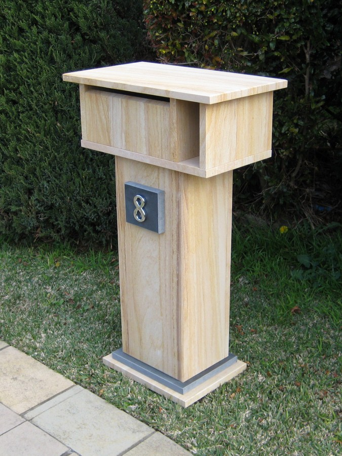 33. Sandstone Size 850x500x300 aluminium back door with 2 key lock $467