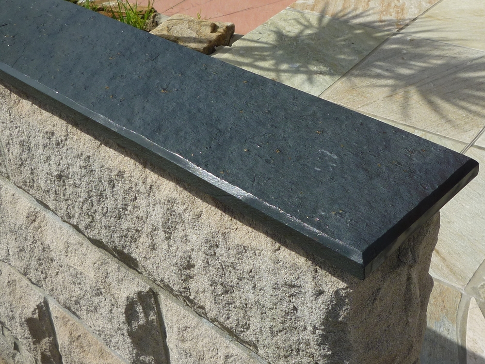 1. Chinese split stone wall capping for wall