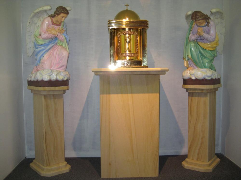 203 Woodgrain sandstone statue stand  for churche. We make furniture to order..JPG