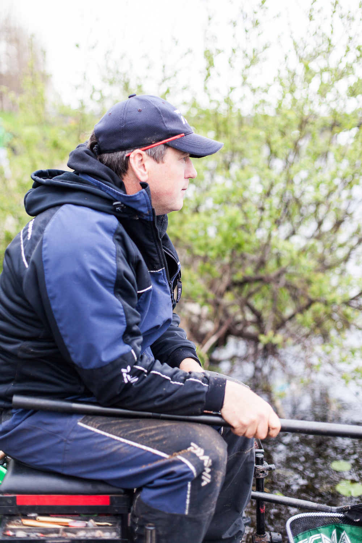 Fishing_Champion_Cathal_Hughes_visit_May2nd2016-1.jpg