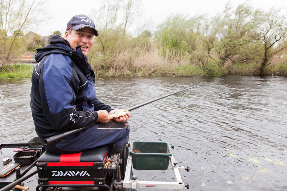 Fishing_Champion_Cathal_Hughes_visit_May2nd2016-4.jpg