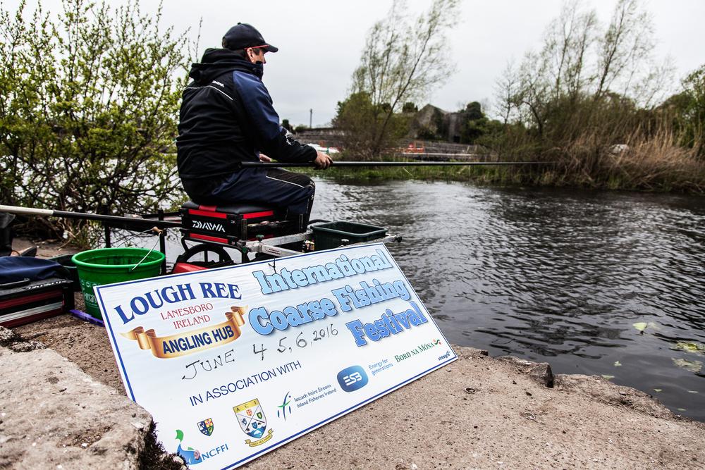 Fishing_Champion_Cathal_Hughes_visit_May2nd2016-9.jpg
