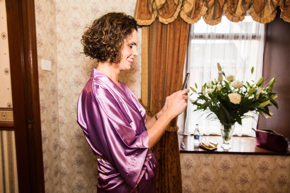 Emer_Noel_Wedding_photography_getting_ready_7005.jpg