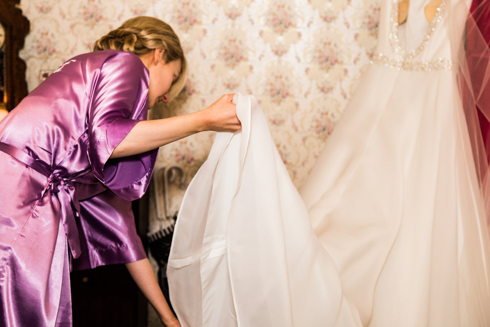 Emer_Noel_Wedding_photography_getting_ready_7073.jpg