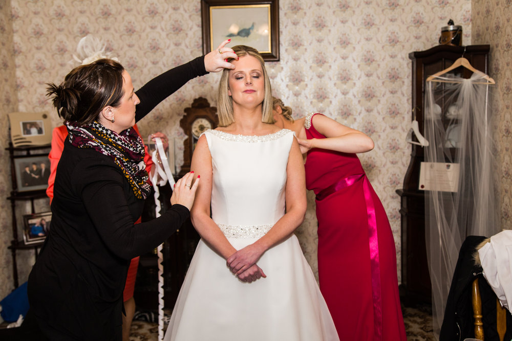 Emer_Noel_Wedding_photography_getting_ready_7334.jpg