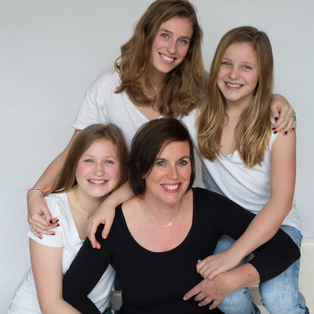 portret_moeder_en_dochters.jpg