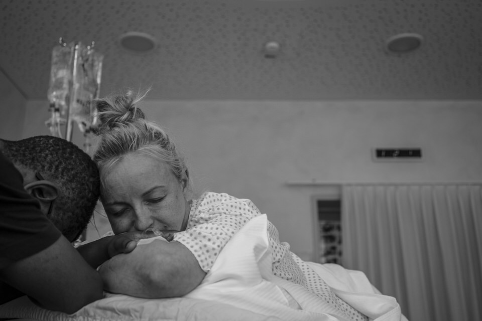 Geburtsfotografie - Julia Erz zeigt eine Geburtsreportage aus Freiburg