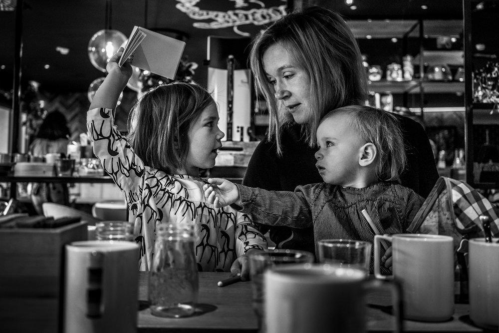 Eines meiner liebsten Familienfotos - Mutter mit ihren beiden Töchtern