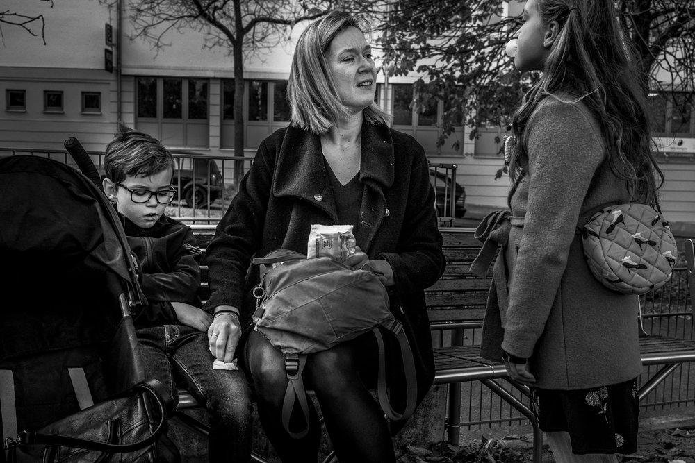 Eines meiner liebsten Familienfotos - Mutter und ihre Kinder - Eltern bei ihrer Aufgabe