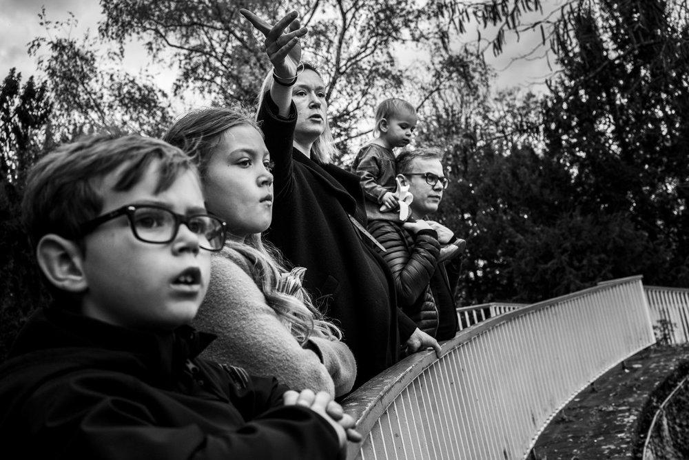 Eines meiner besten Familienporträts draußen - dokumentarische Familienfotografie