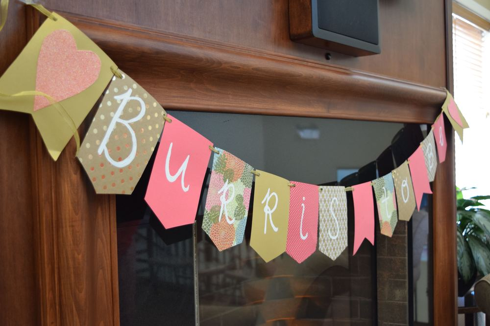 Shoutout to Maid of Honor, Savanna, for her rockstar bunting job!